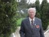 4 Петров Болеслав Аркадьевич возле Мемориала погибшим воинам на Каменке